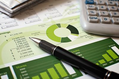 stock-photo-10012145-financial-planning